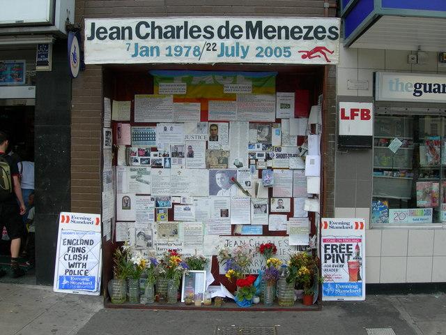 Memorial em Londres que homenageia o brasileiro Jean Charles de Menezes. Crédito: Danny Robinson/Geograph.org.uk/Wikimedia Commons