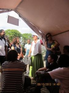 Em São Paulo, público sofreu alguns minutos com o calor; já os refugiados sofrem por muito mais tempo. Crédito: Rodrigo Borges Delfim