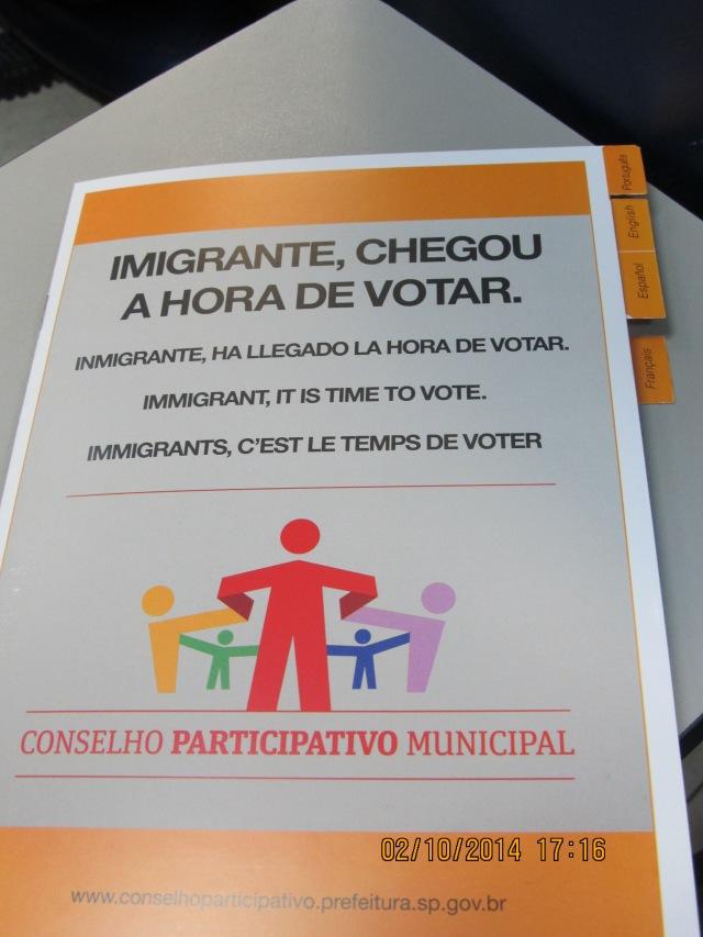 Cartilha feita para instruir imigrantes sobre a eleição para os Conselhos em 2014; novo pleito acontece em dezembro. Crédito: Rodrigo Borges Delfim