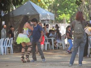 Artistas e público interagiram durante a festa. Crédito: Rodrigo Borges Delfim