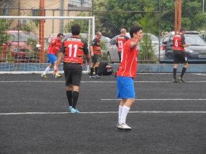 Time chileno comemora gol contra a Alemanha pela Copa Gringos. Crédito: Rodrigo Borges Delfim
