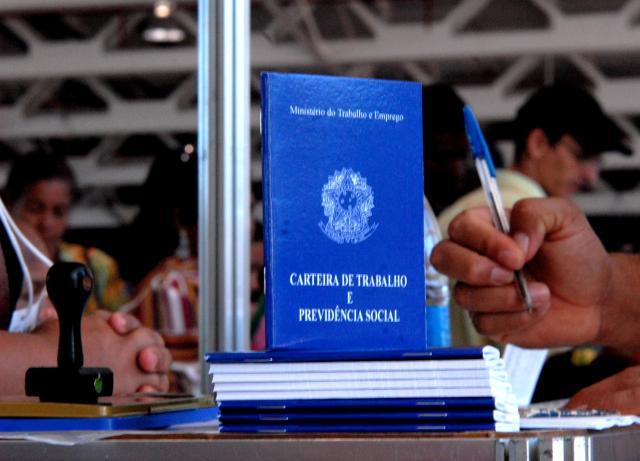 Neste Primeiro de Maio é preciso lembrar de todos os trabalhadores, brasileiros e migrantes. Crédito: Marcello Casal Jr/ABr