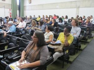 Público presente na audiência pública ocorrida na USP; novo encontro está agendado para a sede do CDHIC, no próximo dia 16. Crédito: Rodrigo Borges Delfim