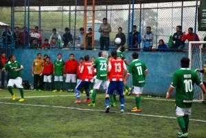 Em um jogo intenso e com grande público, a Bolívia superou o Paraguai e se classificou para a semifinal da Copa Gringos. Crédito: Divulgação Copa Gringos