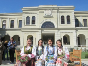 Integrantes do grupo folclórico lituano Rambynas, uma das atrações culturais da Festa do Imigrante. Crédito: Rodrigo Borges Delfim