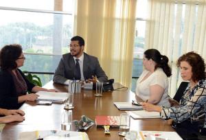 Reunião com as pesquisadoras do Projeto Pensando o Direito em parceria com o IPEA. Crédito: Isaac Amorim/AG:MJ