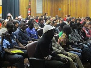 Público acompanha com atenção a apresentação do novo portal. Crédito: Rodrigo Borges Delfim