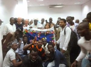 Cidadãos do Mali no Arsenal da Esperança, local que acolhe boa parte da comunidade e apoia a festa. Crédito: Arsenal da Esperança