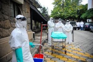 Ministério da Saúde promove simulação de resposta a eventual caso de ebola. Crédito: Tânia Rego/Agência Brasil