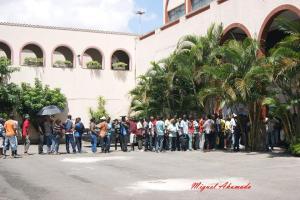 Migrantes (a maioria haitianos) fazem fila em mutirão na Missão Paz para emissão de carteiras de trabalho. Crédito: Miguel Ahumada