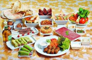 Pratos típicos da culinária  síria que poderão ser encontrados no bazar. Crédito: Divulgação