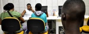 Imigrantes são atendidos no CRAI, a parte de referência do centro para imigrantes da Prefeitura de São Paulo. Crédito: Sefras