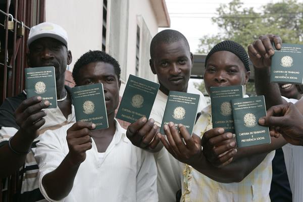Organizações pedem nova lei para substituir atual política migratória brasileira. Crédito: Adital