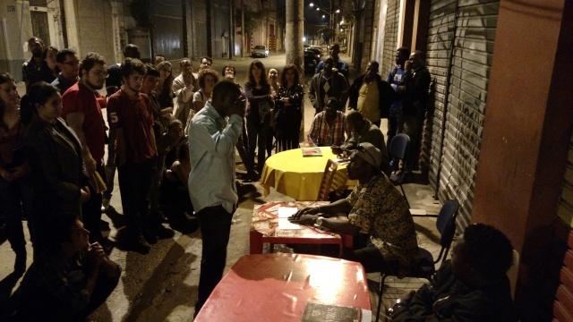 Grupo teatral malinês foi outra atração da programação de estreia do Microcine Migrante. Crédito: Rodrigo Borges Delfim