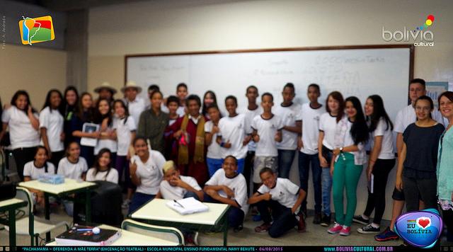 Estudantes puderam aprender sobre a cultura e geografia da Bolívia. Crédito: Bolívia Cultural