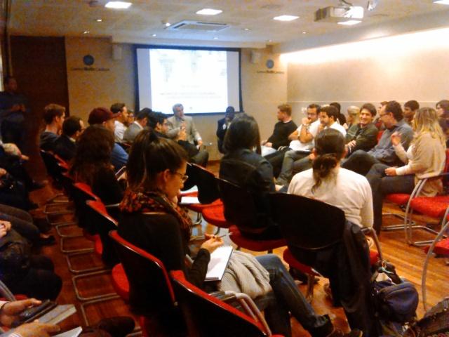 Roda de conversa sobre migração, refúgio e cidadania aconteceu no Centro Ruth Cardoso, em São Paulo. Crédito; Gessica Brandino