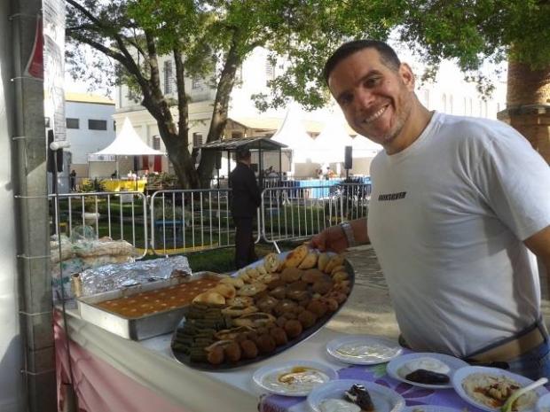 Talal Cozinha Síria durante a Festa do Imigrante 2015, em São Paulo. Crédito: Divulgação