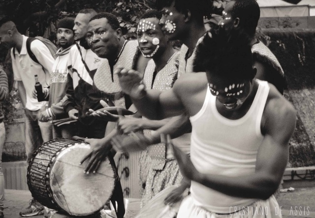 Grupo Atopani, do Togo, animou o ato. Crédito: Cristiano de Assis
