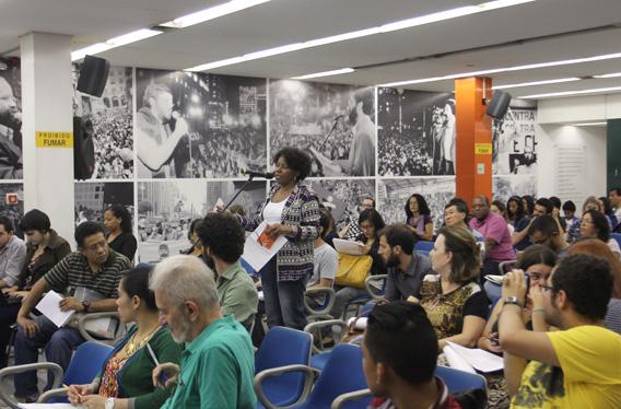 Audiência coletou sugestões para a futura política municipal para imigrantes. Crédito: Fábio Arantes/Secom