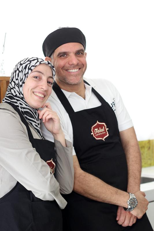 O casal sírio Talal e Ghazal, que comandaram o primeiro workshop do Migraflix. Crédito: Eva Bella
