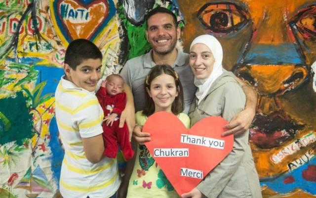 Talal e família agradecem o apoio recebido para a abertura do restaurante. Crédito: arquivo pessoal