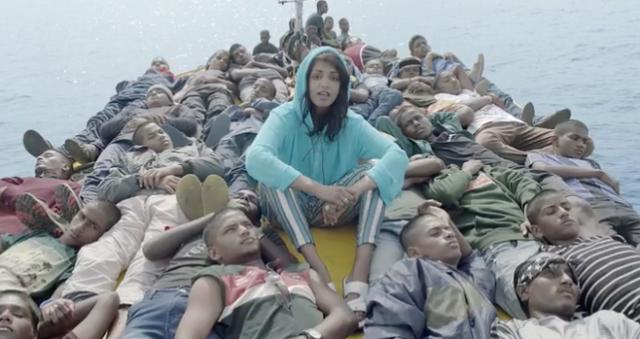Borders, da cantora M.I.A, questiona fronteiras e o tratamento dado a refugiados no mundo. Crédito: Reprodução