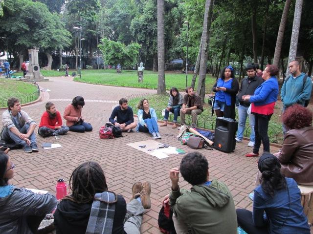 No meio da Praça da República, Palanque Migrante fez sua estreia presencial. Crédito: Rodrigo Borges Delfim/MigraMundo