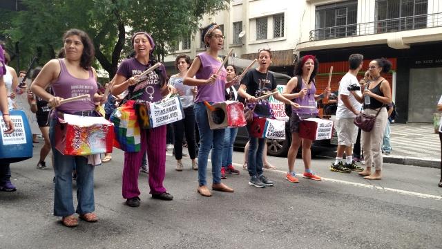 Bloco das Mulheres na Marcha dos Imigrantes 2015. Demandas específicas da mulher migrante ganham espaço nos estudos migratórios. Crédito: Rodrigo Borges Delfim/MigraMundo