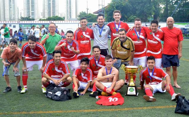 Seleção japonesa comemora o primeiro título na Copa Gringos. Crédito: Copa Gringos