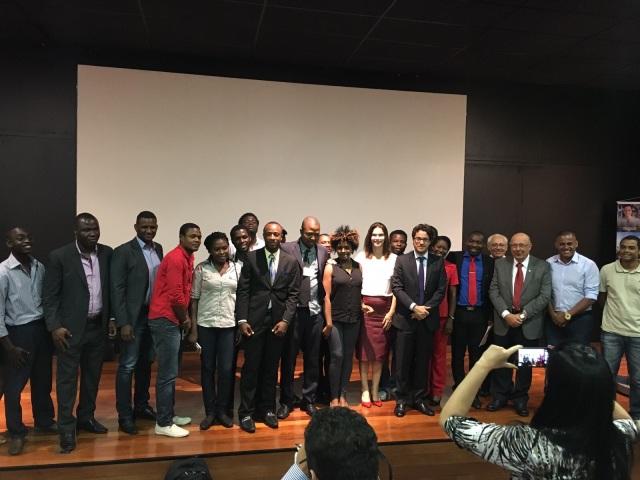 Evento reuniu autoridades, imigrantes e integrantes da sociedade civil organizada Crédito: Thamirys Lunardi/Observatório de Migrações de SC
